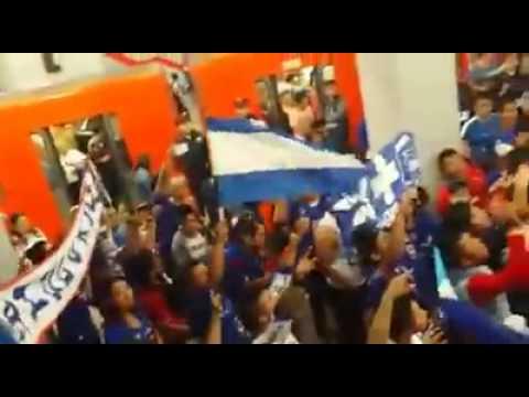 """""""La Sangre Azul Oriente"""" Barra: La Sangre Azul • Club: Cruz Azul"""
