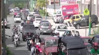 preview picture of video 'Caravana La X y Tu Pana Ernesto 18 Dic 2011 part1'