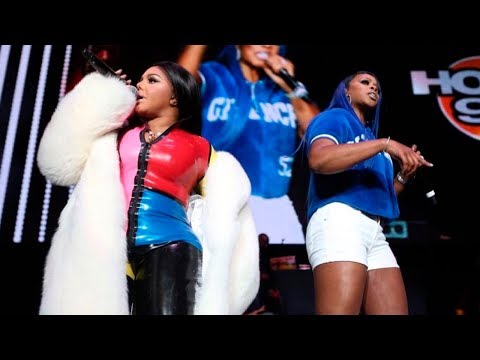 Lil' Kim & Remy Ma -  Hot 4 the Holidays - Wake Me Up, Took Us A Break | Prudential 12/14/2017
