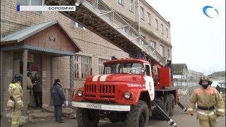 В лечебном учреждении УФСИН в Боровичах спасали от огня заключенных