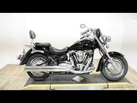 2001 Yamaha Road Star Midnight Star in Wauconda, Illinois - Video 1
