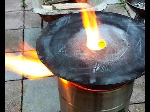Bonus - Testlauf , Vorbrennen der Feuerplatte ( mit dem Pyron )