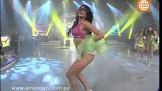 """Esto es Guerra: Carla baila """"Moviendo la cadera"""", - 05/09/2012"""