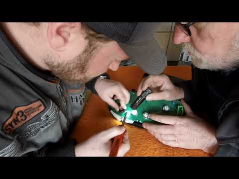 VW Polo Lautsprecher im Kombiinstrument ersetzen Speaker Change