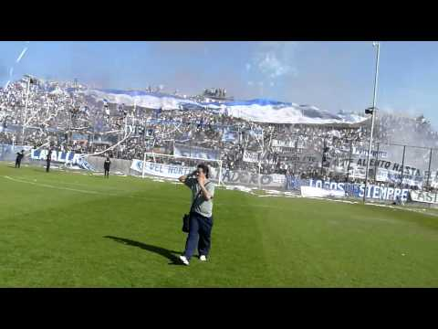 """""""Recibimiento de la hinchada a Juventud Antoniana vs Central Norte"""" Barra: La Inigualable Nº1 del Norte • Club: Juventud Antoniana"""