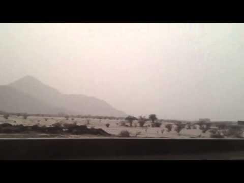 صاعقة قوية شرق مكة اليوم الأحد  5-12-1433