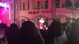 ANH LÀ AI - PHƯƠNG LY (LIVE INFINITAS PROM 2019)