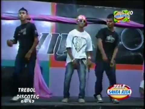 Cringiest video to ever come out of Honduras. Teenager pretends to be Eminem performer, charges for event, and can't speak English.