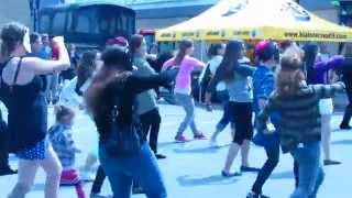 preview picture of video 'Flash Mob été 2014 Rouyn-Noranda'