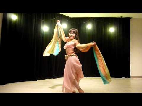 超絶美少女が夜の踊りを披露!小学生ってこんなにエロかったっけ?