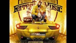Gucci Mane - Bite Me (feat. Waka Flocka Flame) (with lyrics)