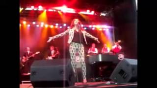 Martina McBride - Intro and When God-Fearin' Women Get the Blues (Helena, MT 07-22-15)