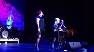 Cyndi Lauper & Casey Donovan True Colors Live