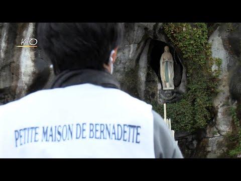 Les malades, au coeur du Sanctuaire de Lourdes