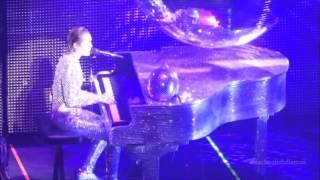 (HD) Miley Cyrus Pablow the Blowfish Vancouver Dec 2015