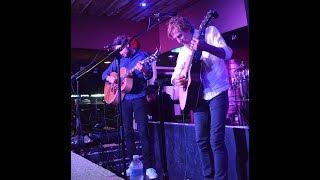 Peter Mayer Group singing Jimmy Buffett's 'Blue Guitar'