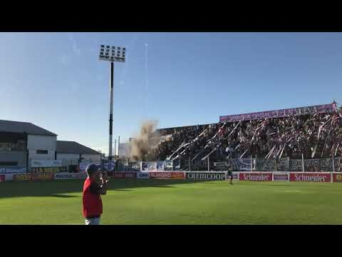 """""""Recibimiento de Estudiantes - La Barra De Caseros."""" Barra: La Barra de Caseros • Club: Club Atlético Estudiantes"""