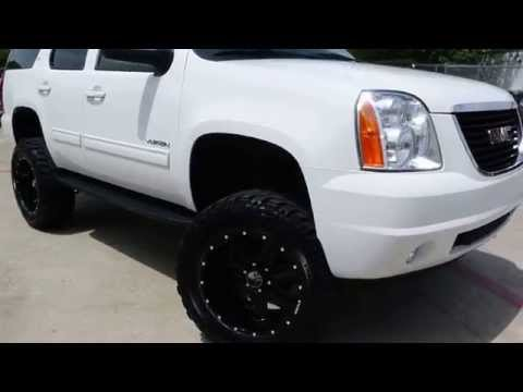2013 GMC Yukon Lifted with Custom Wheels and Tires