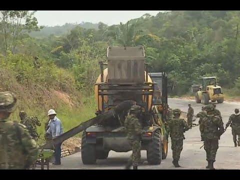 Militares estan por terminar una carretera en Catatumbo que les ha costado sangre