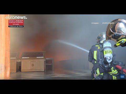 El dia despues del incendio de Notre Dame en Paris