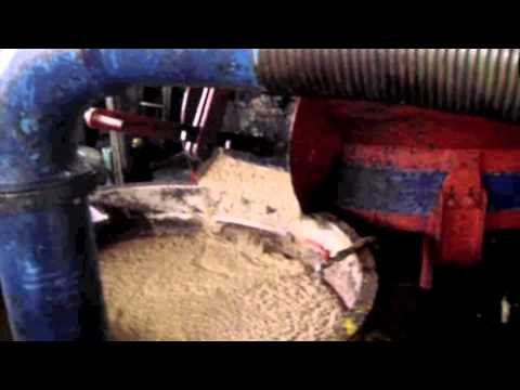 Video από παραδοσιακό λιοτρίβι στα Διλινάτα