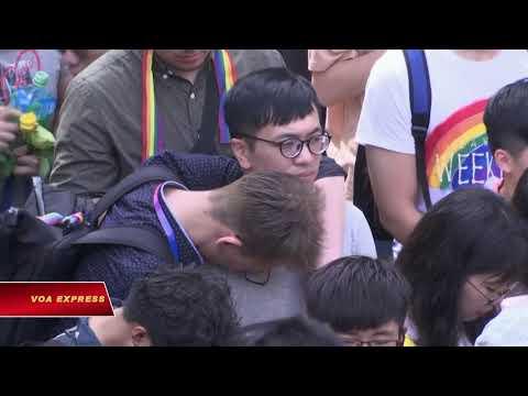 Đài Loan hợp pháp hóa hôn nhân đồng giới (VOA)
