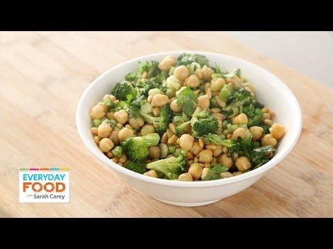 Broccoli and Chickpea Salad – Everyday Food with Sarah Carey