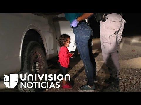 Cronología de separación familiar: niña rompe en llanto mientras arrestan a su madre indocumentada