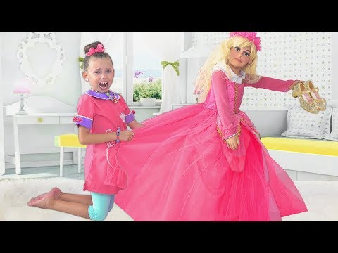 Alice and Maggie Playing in salon for Princesses