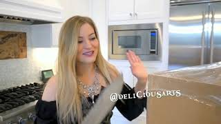 iJustine unboxes the Pirateship cake