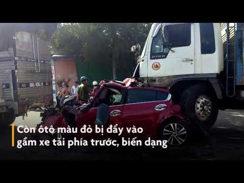Bình Thuận: Xe tải tông bẹp dúm hàng loạt ô tô dừng đèn đỏ