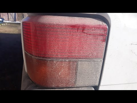 How to change a VW Transporter T4 Rear Lights with one Hand