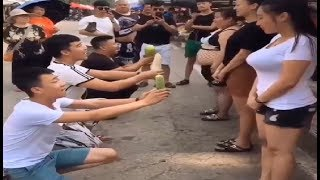 Funny humor #37: Best of Chinese Funny Videos Whatsapp Funny Videos 2017