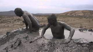 preview picture of video 'Diving into a Mud Volcano'