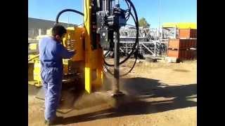 Perforadora-Hincadora Armivan AI830