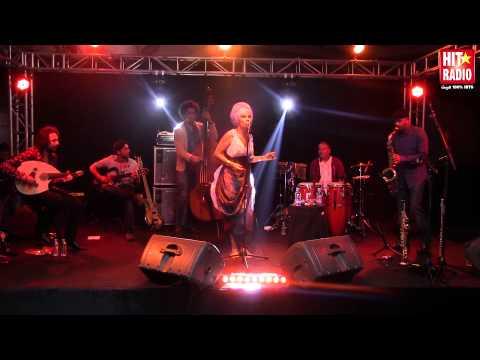 Reportage Live Concert de Oum sur HIT RADIO - 11/11/14