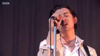 ARCTIC MONKEYS - DO ME A FAVOUR LIVE AT TRNSMT 2018