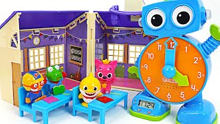 Baby Shark has overslept! Watch Robot~! Tell me the time! | PinkyPopTOY