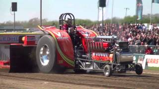 preview picture of video 'Green Spirit 2013 @ Füchtorf Tractor Pulling by MrJo'