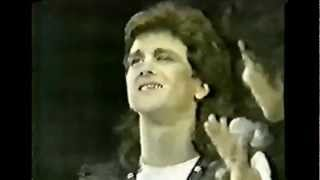 Leslie McKeown (Bay City Rollers) - You Made Me Believe in Magic (slide show)