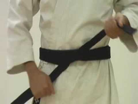 How to Tie a Martial Arts Obi (Belt)
