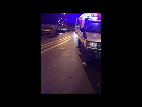 (Vidéo) Accident mortel – Une voiture de la Police qui roulait en sens inverse massacre deux jeunes