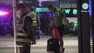شاهد لحظة مغادرة رحيمي لمركب محمد الخامس متأثرا بالإصابة بعد هزيمة فريق الجيش الملكي