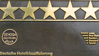 5 Sterne Deluxe - Abgezuckert