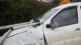 Авария, таксист улетел  в кювет 4