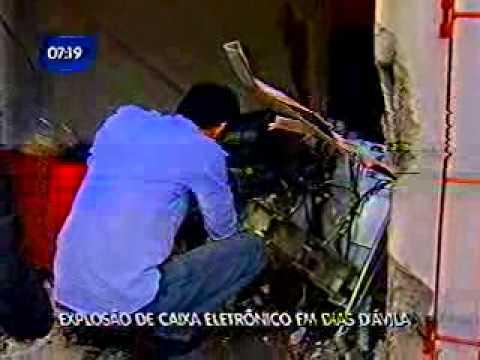Caixa eletrônico é explodido em Dias D'Ávila