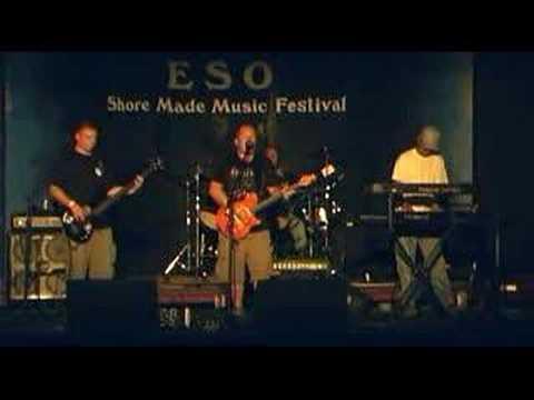 Eastern Shore - Quadpod the Band