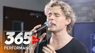 Christopher   Heartbeat (365 Live Performance)