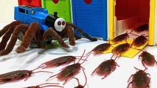 Thomas. Disney cars. Tayo Small Bath Garage toy, cockroach monster story