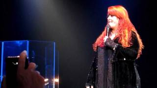 "The Judds- Last Encore ""Love Can Build a Bridge"""